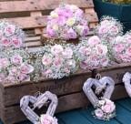 TRACY Q'S WEDDING FLOWERS